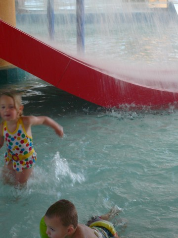 Cadence Crashes the Splash Resort's Kiddie Pool 8-09    12
