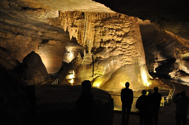Cathedral Cavern State Park 1-2011 026 [640x480]