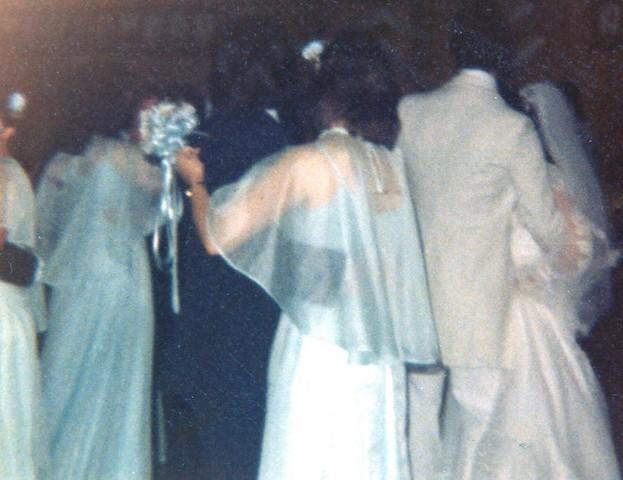 Cheryln wedding day dancing3