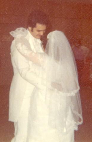 Cheryln wedding day first dance2