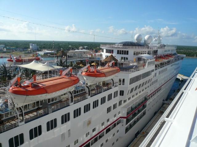 Cruise 2010 Cheryl's Camera 190 [800x600]