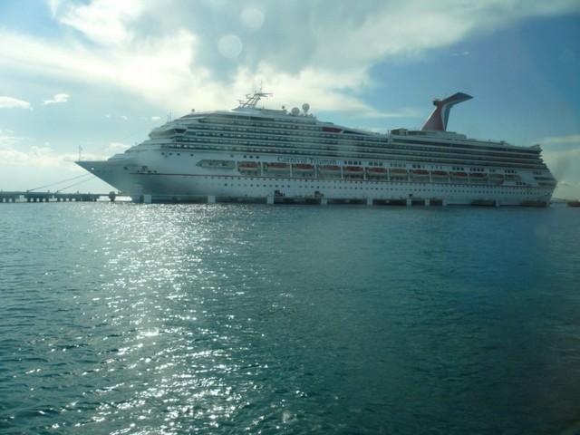 Cruise 2010 Cheryl's Camera 484 [800x600]