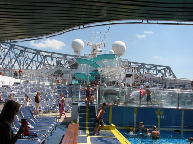 Cruise 2010 Steve's Camera 018 [800x600]