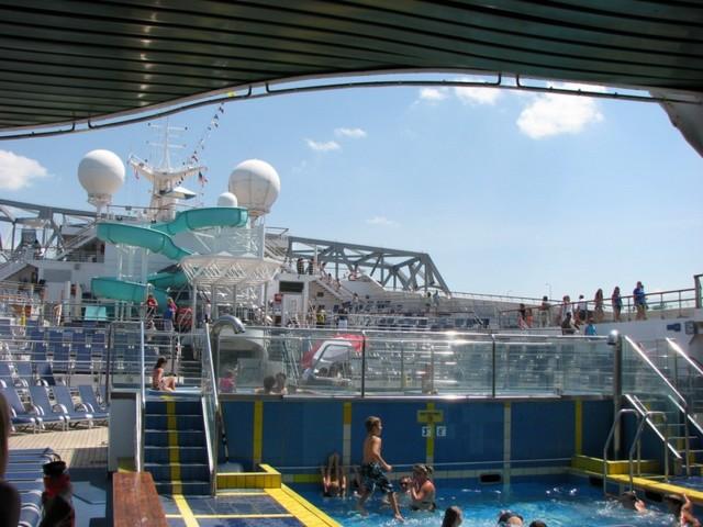 Cruise 2010 Steve's Camera 020 [800x600]