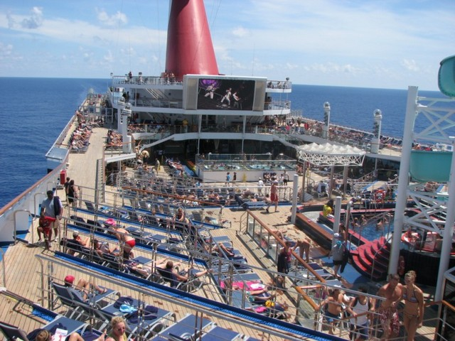 Cruise 2010 Steve's Camera 221 [800x600]