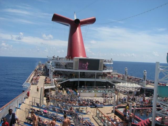 Cruise 2010 Steve's Camera 223 [800x600]