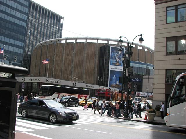 NYC 4-2010-0279 [640x480-1]