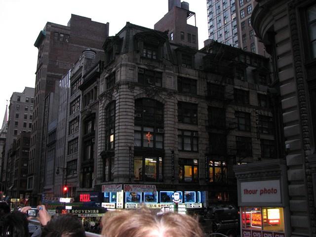 NYC 4-2010-0454 [640x480-1]