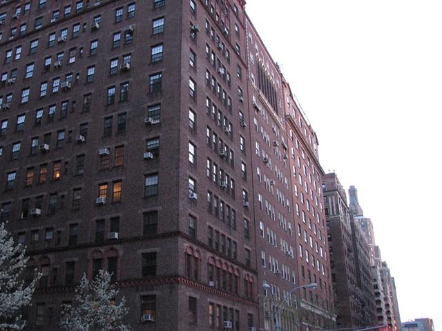 NYC 4-2010-0459 [640x480-1]
