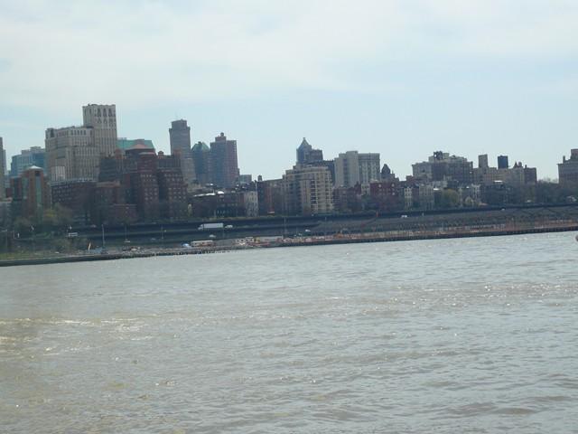 NYC 4-2010-0551 [640x480-1]