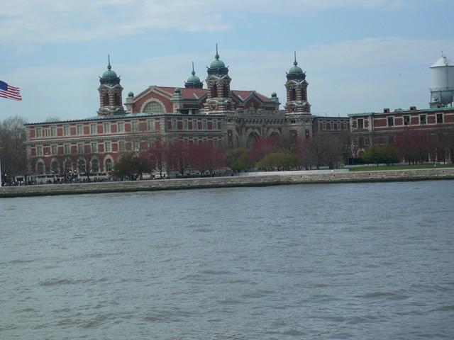 NYC 4-2010-0553 [640x480-1]