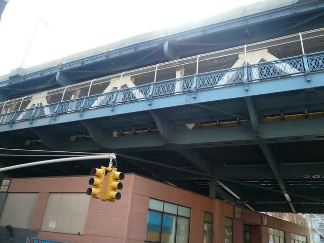 NYC 4-2010-0561 [640x480-1]