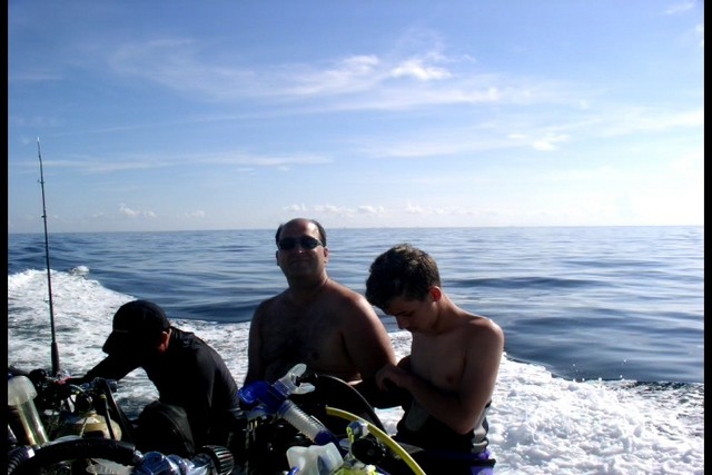 Pete Tide Check Out Dive 24