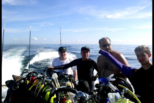 Pete Tide Check Out Dive 25