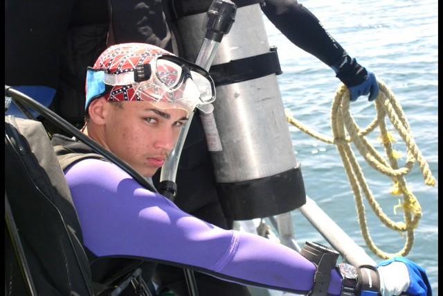 Pete Tide Check Out Dive 54