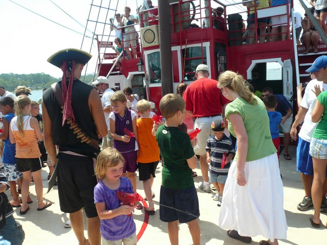 Pirate Ship Cruise 8-4-09 043