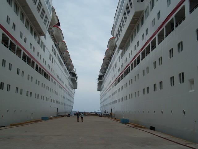 cruise 4-2005 018