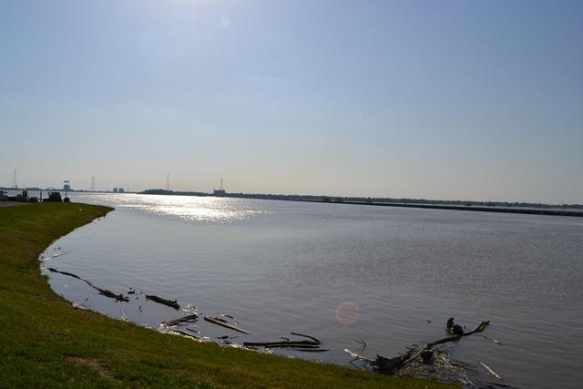 Bonnet-Carre-Spillway-5-18-2011-1