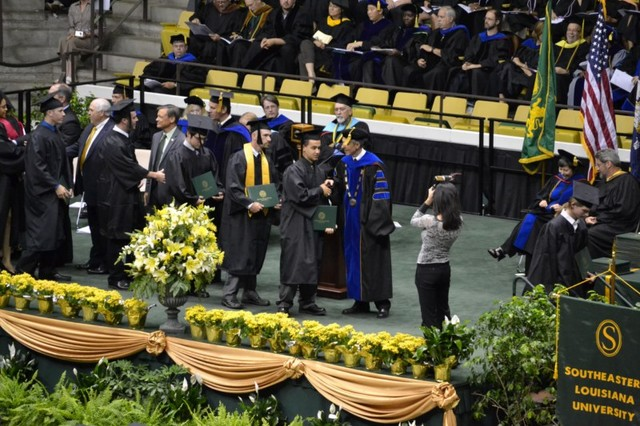 Ryan-and-Christina-Graduate-SELU-44